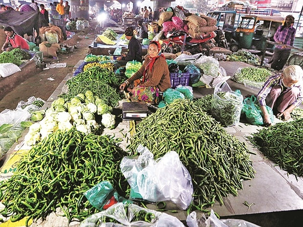 Select vegetables' prices crash on farmers' rush for sale
