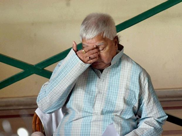 RJD Chief Lalu Prasad at a press conference in Patna. (Photo: PTI)