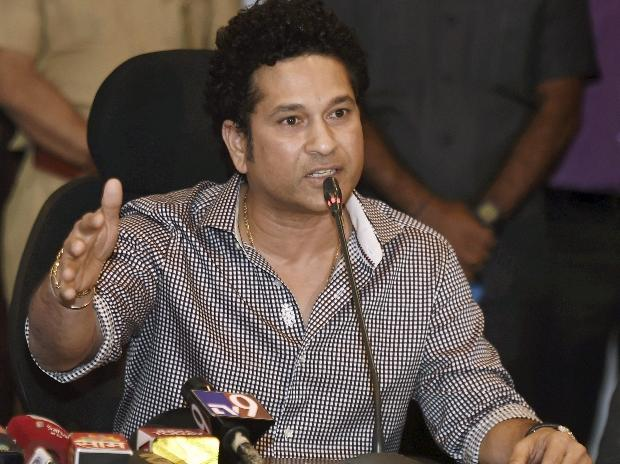 Sachin Tendulkar sues Australian bat manufacturers over non-payment of Dollars 2 million