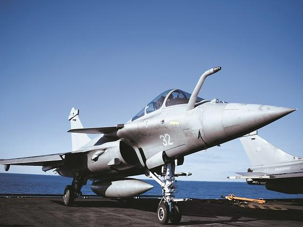 India will get the first of its 36 Rafale fighter jets in 2019