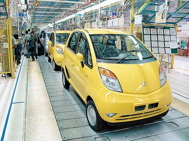 The Nano did not live up to the expectations in spite of several makeovers. Ratan Tata had promised to sell it for Rs 100,000. He later said branding the car the 'cheapest' was a mistake