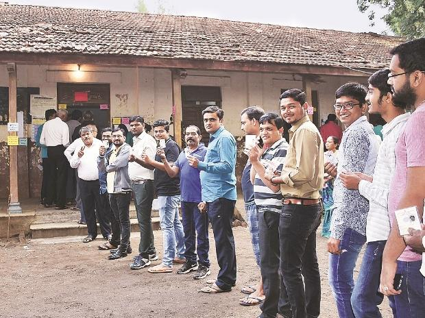 NRC disrupts Parliament again, Congress attacks Amit Shah's Rajiv comment