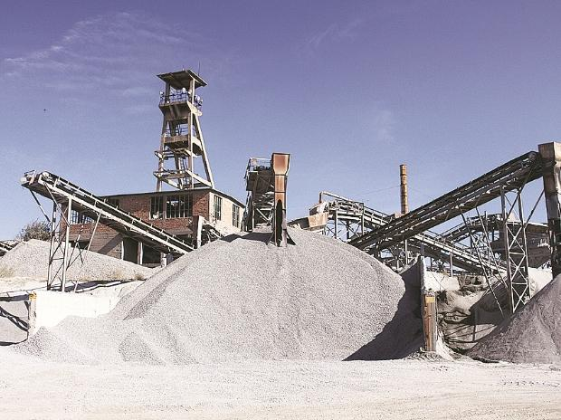 Insolvency issues: Lenders pick Dalmia Bharat for Binani Cement