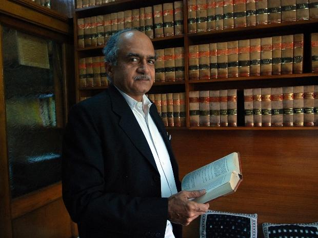Image of article 'Fine of Re 1 for Bhushan in contempt case, failing which 3-month in jail'