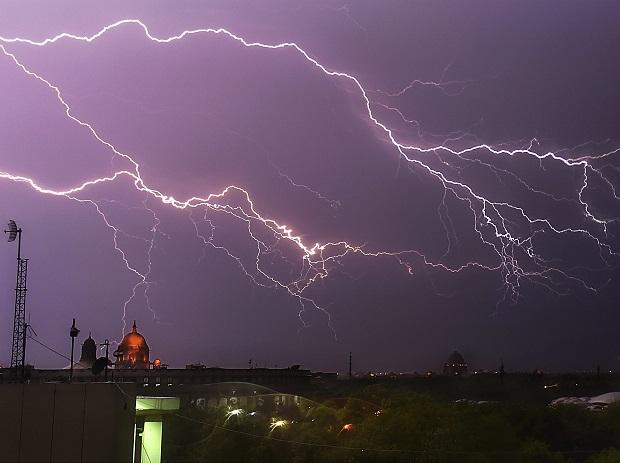 Lightning strikes kill 83 in India's east