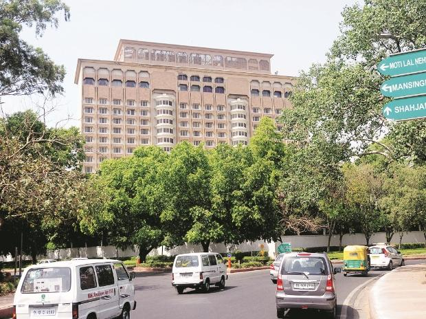 Taj Mansingh Hotel auction flops, Indian Hotels Company sole bidder