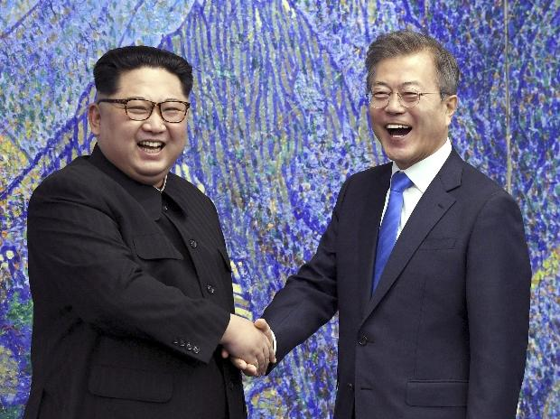 Kim Jong Un, Moon jae-in, north korea, south korea, Korean summit