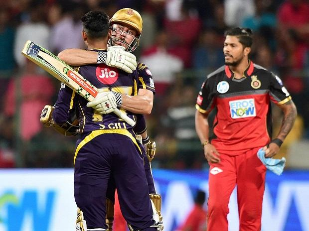 Kolkata Knight Riders Chris Lynn and Subhuman Gill celebrates win over  Royal Challengers Bangalore during IPL 2018 match at Chinnaswamy Stadium in Bengaluru on Sunday