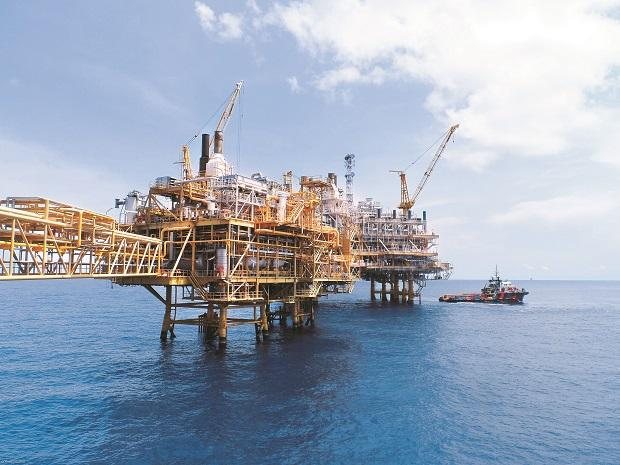 ONGC eyes technology infusion to boost output ...