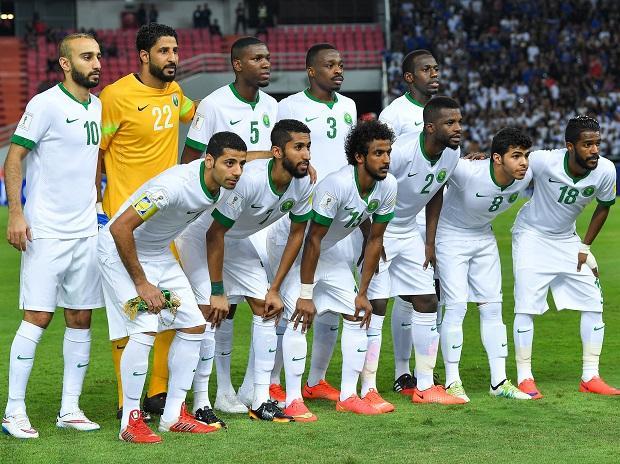 Saudi Arabia team in world cup qualifier match