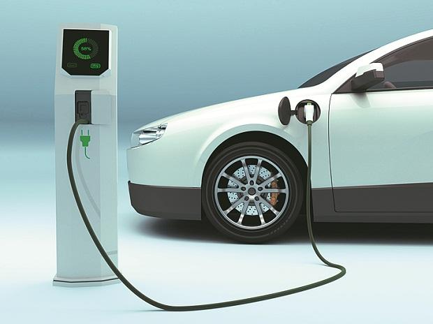 Govt Plans To Set Up Electric Cars Charging Station At Petrol Pumps