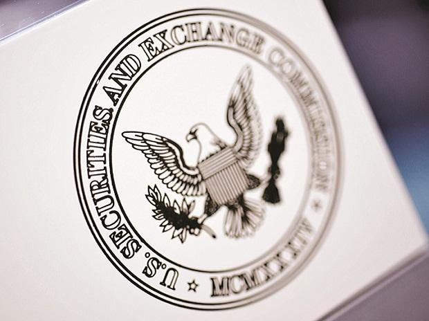 Securities and Exchange Commission, SEC, federal regulators, missing 4, financial crisis,