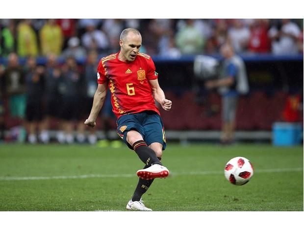 Andres Iniesta against Russia. (Photo: Reuters)
