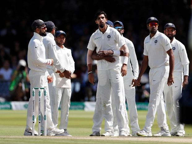 Ind vs Eng 2nd Test Day 3: Woakes, Bairstow star as hosts take 250-run lead