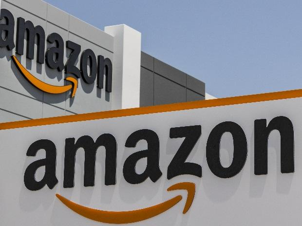 Amazon Launches Emi Option Without Credit Debit Card Through Pay