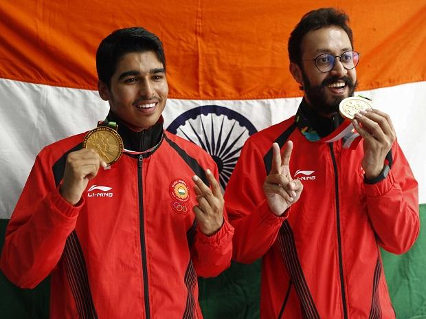 16-YEAR-OLD SAURABH CHAUDHARY CLAIMS GOLD ON DEBUT