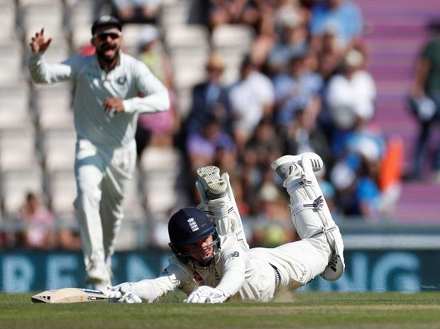 Ind vs Eng 4th Test Day 4 updates: Kohli, Rahane on crease; Dhawan out