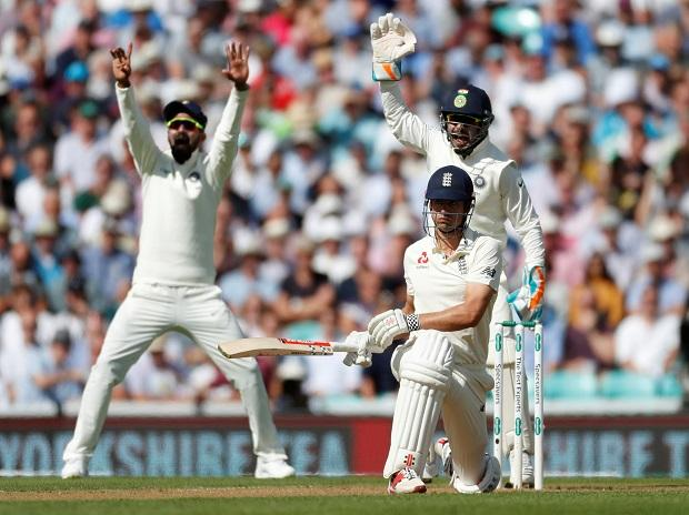 Ind vs Eng 5th Test Day 1: Cook, Moeen on crease; Jadeja removes Jennings