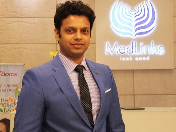 Dr Gaurang Krishna, Hair Transplant Surgeon, Medlinks