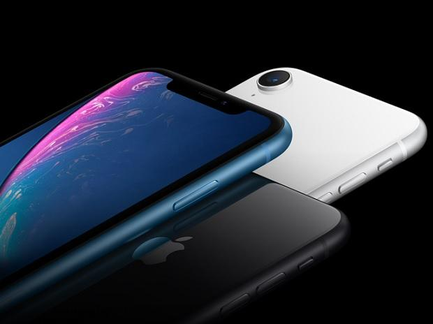 Apple gets the message, slashes iPhone XR prices from Friday