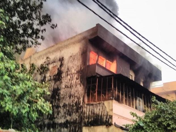 Fire breaks out in shoe factories in Udyog Nagar