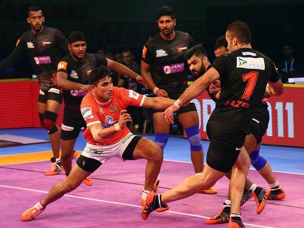 File photo: Puneri Paltan's Nitin Tomar in action against U Mumba