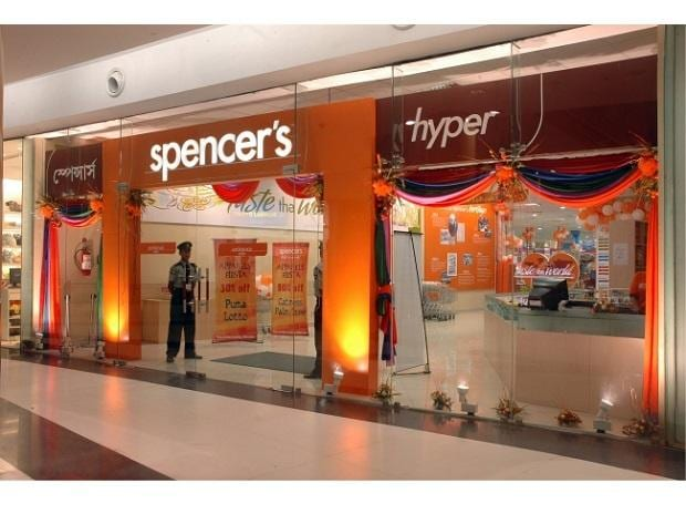 Amazon bids $400 mn for stake in Spencer's; deal stuck at valuation stage