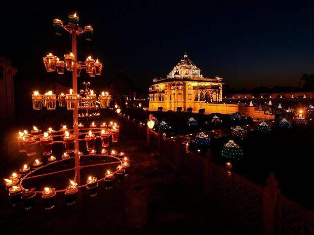 An illuminated Akshardham Temple on the occasion of Diwali festival