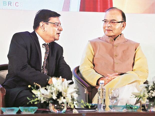 Former Reserve Bank of India governor Urjit Patel with Finance Minister Arun Jaitley