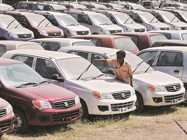 High discounts, commodity prices may hurt Maruti profits for Oct-Dec