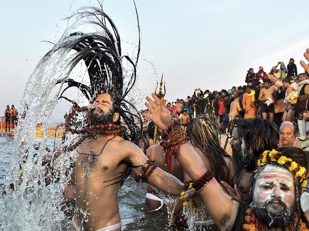 More than 16 lakh devotees took a holy dip at the Sangam