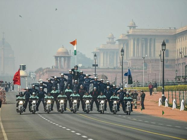 Army personnel showcase their skills during the rehearsal