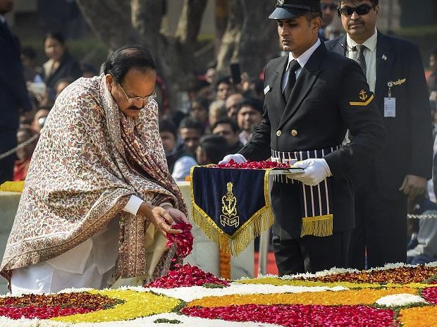 Vice President M Venkaiah Naidu pays floral tribute to Mahatma Gandhi