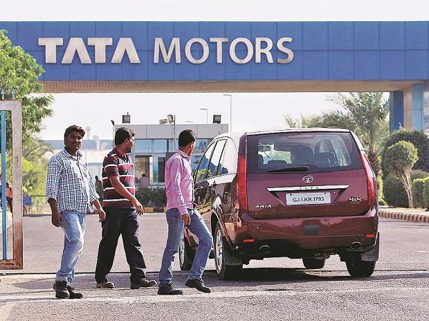 At Rs 26 961 Crore Tata Motors Logs Biggest Quarterly Loss For India Inc Business Standard News