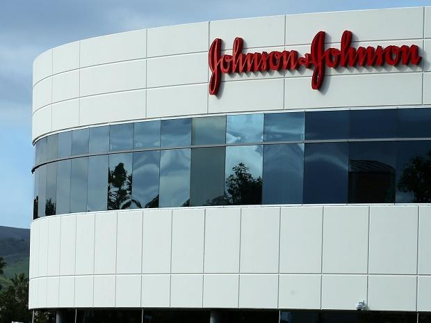 Jury awards $29M in J&J baby powder cancer case