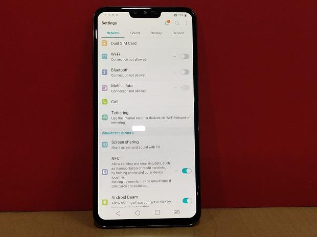 LG V40 ThinQ review: Delayed launch makes it lose out in