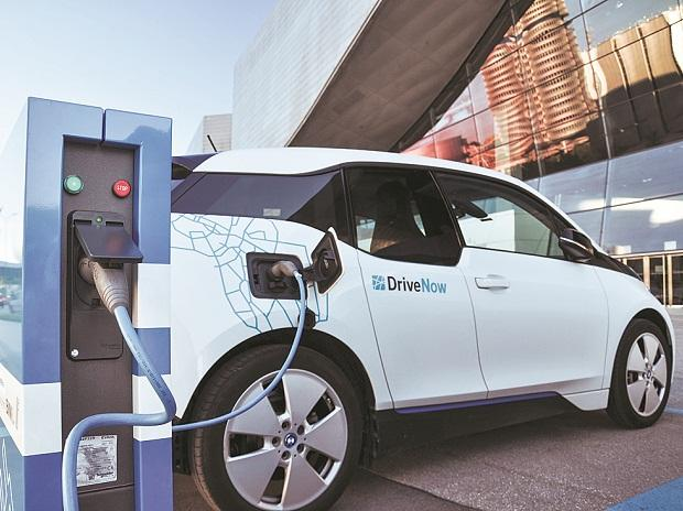 India's EV industry likely to see higher interest from PE, VC
