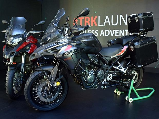 Benelli TRK502 and Benelli TRK502X: Price and other features