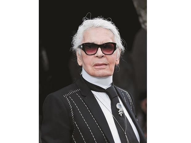 Iconic Chanel Fashion Designer Karl Lagerfeld Dies In Paris At 85 Business Standard News