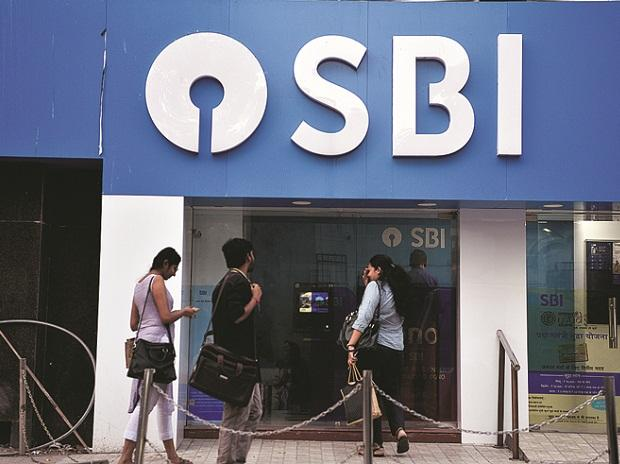 Bank jobs 2019: SBI to hire 9,000 junior associates
