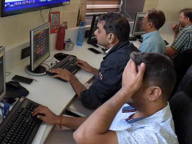 MARKETS LIVE: Sensex opens 400 pts lower, Nifty Bank, Auto down 1% each