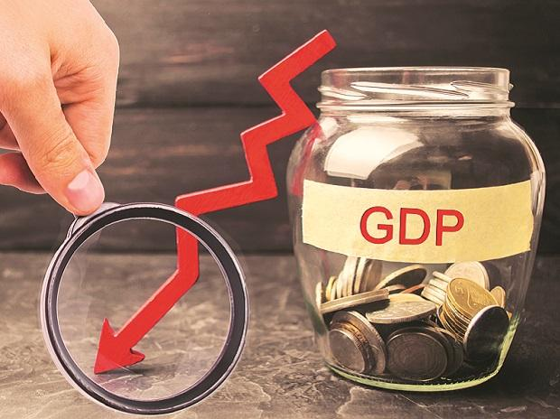 GDP Growth Moderates To 6.6% Pulling Down Economic Expansion In FY19