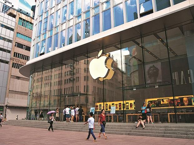 Budget 2019: FM eases sourcing local norms, opens doors to Apple Stores