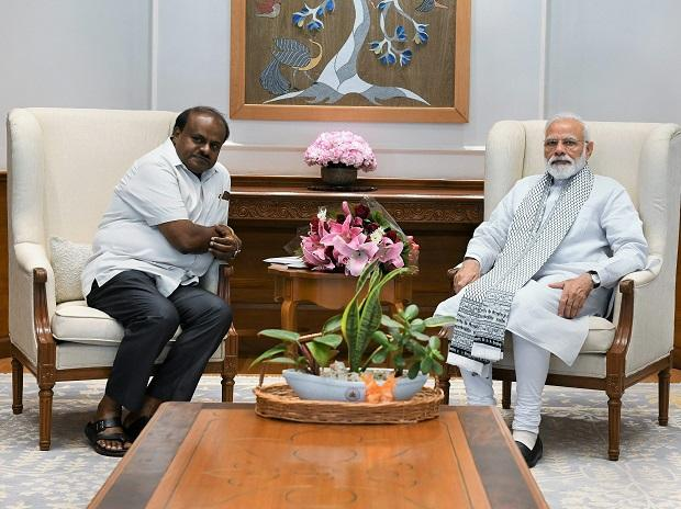 Prime Minister Narendra Modi meets Karnataka Chief Minister HD Kumaraswamy ,in New Delhi, Saturday. March 9, 2019