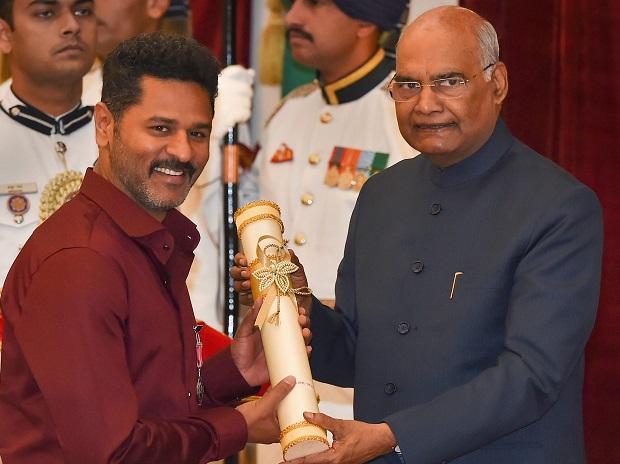 Renowned dancer and filmmaker Prabhu Deva was honored Padma Shri at the special function held at Rashtrapati Bhavan