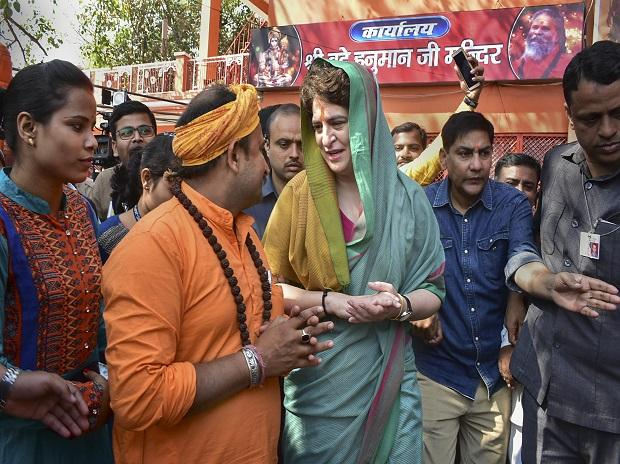 Priyanka Gandhi Vadra comes out after offering prayer at Bade Hanuman temple, in Prayagraj, Monday, March 18, 2019 Photo: PTI