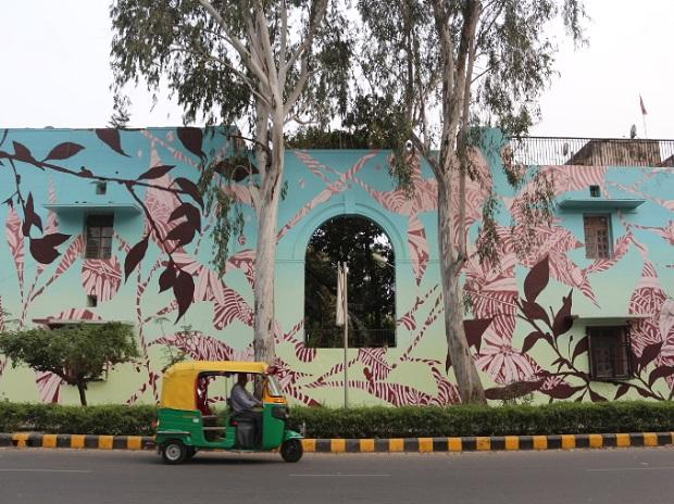 The art gallery is located between Khanna Market and Meherchand Market in Lodhi Colony