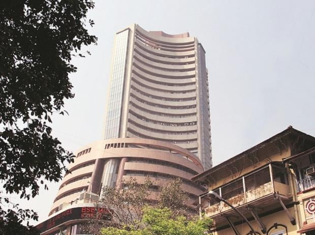 Indices break 2-day losing streak; Sensex up 312 pts, Nifty ends at 11,796