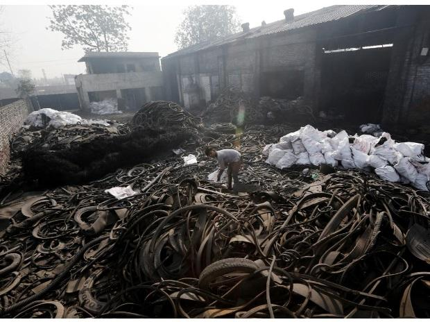 Burning tyres: the murky oil business polluting India and parts of