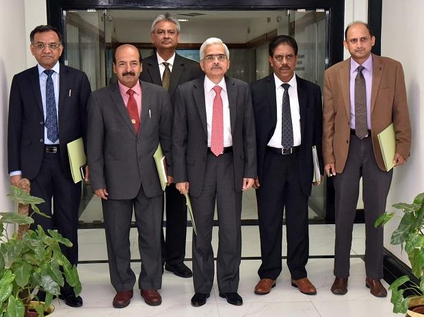 RBI Governor Shaktikanta Das  along with Deputy Governors  during a press conference in Mumbai on Thursday 06th June, 2019 Photo: Kamlesh Pednekar
